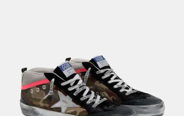 Golden Goose Man Mid Star Sneakers produced